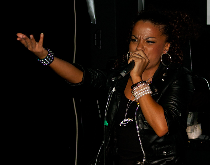 Ms-Dynamite-@-Twisted-Pepper-Abraham-Tarrush-7